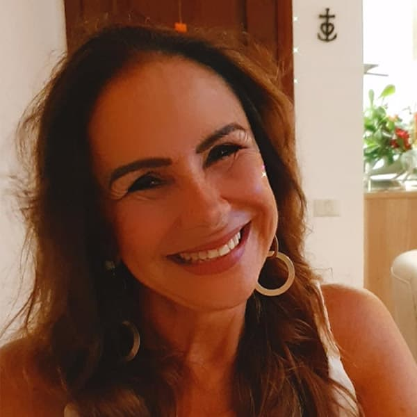 Dra Heloisa Oliveira